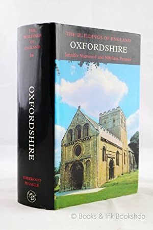 Oxfordshire (The Buildings of England series)