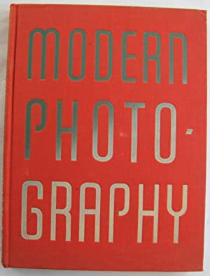 Modern Photography 1941-1942;: HOLME, C. G.
