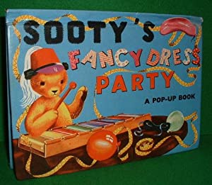 SOOTY'S FANCY DRESS PARTY Pop-Up Book