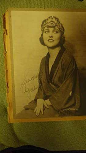 Agnes Ayres SIGNED PHOTOGRAPH of her with: SIGNED , Sincerely