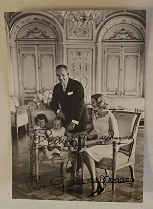 SIGNED POSTCARD OF PRINCESS GRACE AND PRINCE RAINIER OF MONACO: Princess Grace of Monaco [Grace ...