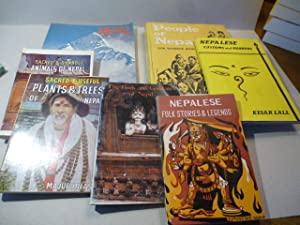 Kleine Sammlung Bücher aus Nepal. 7 Bände. People of Nepal. / Nepal. An Introduction to Nepalese ...