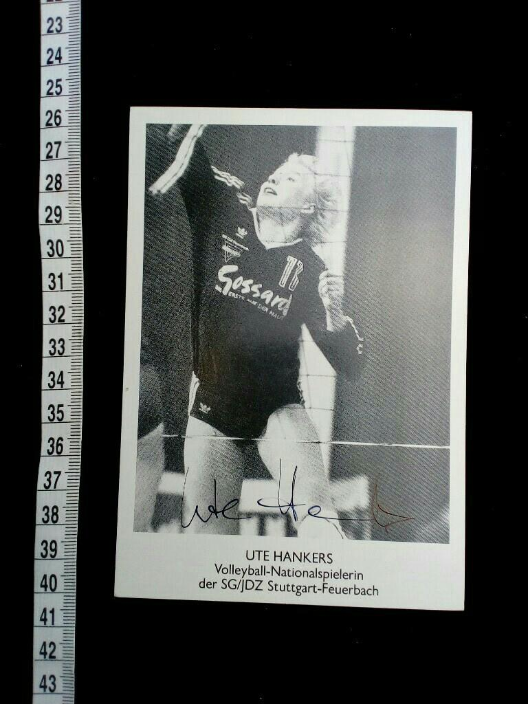 Handsignierte Autogrammkarte. original hand signed autograph card with picture of the famous german volleyball player.