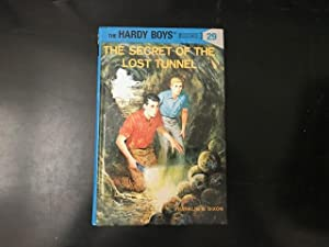 The Secret of the Lost Tunnel (Hardy Boys, Book 29)