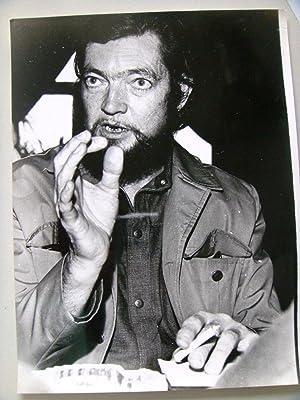 Julio Cortázar. Foto original: Julio Cortázar