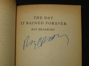 The Day it Rained Forever [SIGNED]: Ray Bradbury