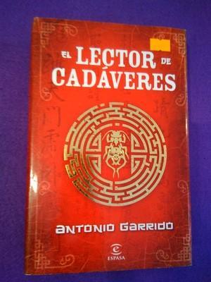 El lector de cadáveres: Antonio Garrido
