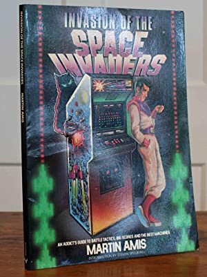 Invasion of the Space Invaders (First Printing): Amis, Martin