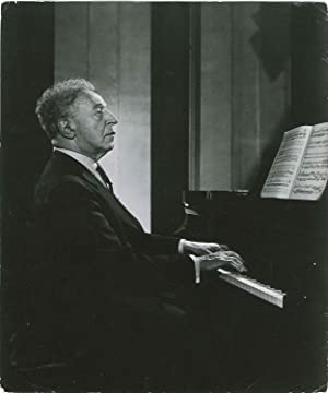 Portrait photographique par Yousuf KARSH: RUBINSTEIN Arthur