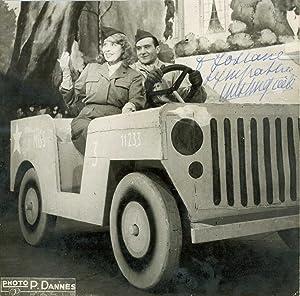 Photographie dédicacée et signée par l¿actrice: MISTINGUETT