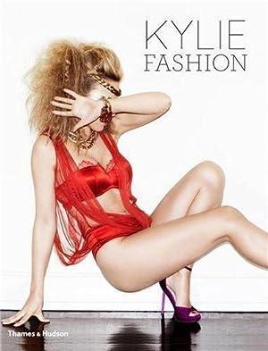 kylie fashion: Baker William Minogu