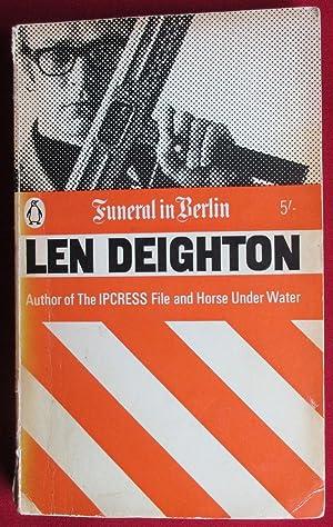 Funeral in Berlin. Penguin Book 2461: Deighton, Len