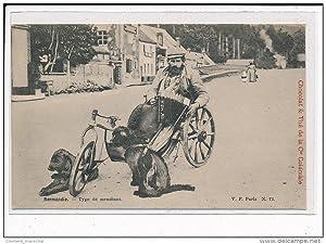 Carte postale ancienne NORMANDIE : Type de mendiant (chien - accordéon - attelage - voiture)