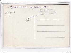 Carte postale ancienne Carte photo de grèvistes manifestants en juin 1936 (faucons rouges d'...