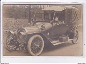 "Carte postale ancienne LYON : carte photo d'une automobile ""Lyon Sportif"""
