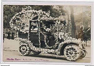 Carte postale ancienne NEUILLY? : Automobile décorée durant la Fête des Fleurs