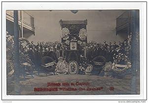Carte postale ancienne LEVALLOIS PERRET : carte photo prise lors des obsèques du camarade BEDHOMME ...