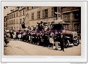 Carte postale ancienne POISSY : carte photo d'une fête (camion) vers 1910
