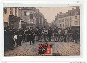 Carte postale ancienne BEAUVAIS - CARTE PHOTO - Course cycliste