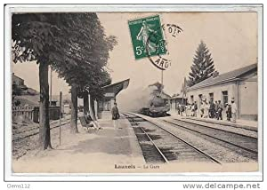 Carte postale ancienne LAUNOIS : la gare - TRAIN