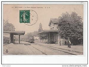 Carte postale ancienne BIEVRES - La gare