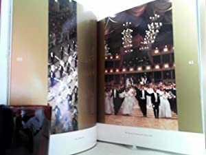 Vienna opera ball. - On the myth of the waltz. Ulrike Messer-Krol (ed.). With a cultural-historical...