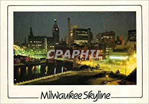 Carte Postale Moderne A Night View Milwaukee Skyline Wisconsin