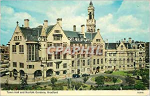 Carte Postale Moderne Town Hall and Norfolk Gardens Bradford
