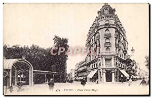 Vichy - Place Victor Hugo - Carte Postale Ancienne