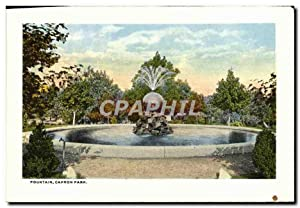 Carte Postale Ancienne Fountain Capron Park North main street from Library Looking East Bibliotheque