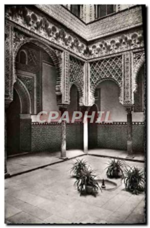 Carte Postale Moderne Sevilla Royal Moorish Castle Dolls Court Poupees