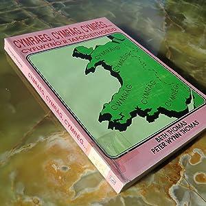 Cymraeg, Cymrag, Cymreg: Cyflwyo'r Tafodieithoedd (Welsh Edition): Thomas, Beth; Thomas, Peter...