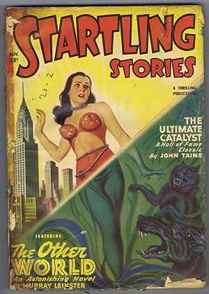 Historias sorprendentes (Revista PULP) Noviembre de 1949 Portada y otra historia del mundo por Murray Leinster;  ...