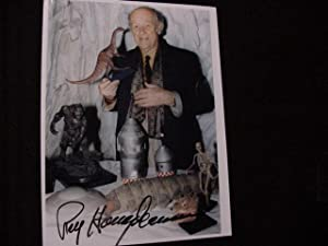 SIGNED PHOTO: Harryhausen, Ray