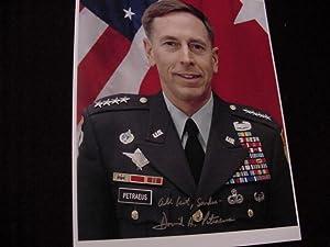 SIGNED PHOTO: Petraeus, General David H.