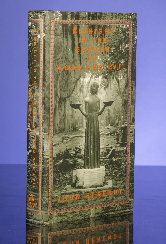 Midnight in the Garden of Good and Evil BERENDT, John