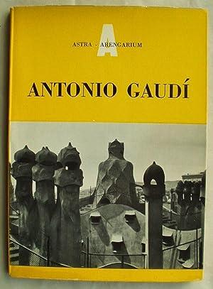 Antonio Gaudi: Martinell, Cesar