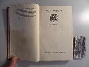 Angel Pavement. [Everyman's Library].: Priestley, J. B.: