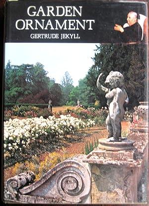 Garden Ornament: JEKYLL (Gertrude)