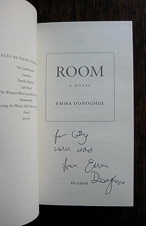 Room: a novel: Emma Donoghue