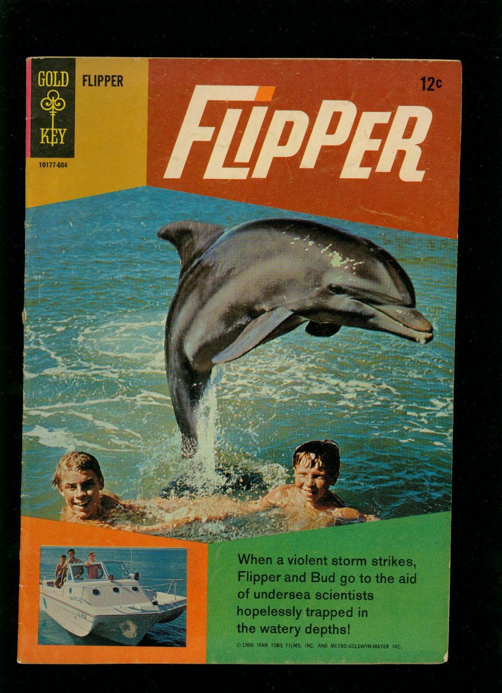 FLIPPER #1 1966-GOLD KEY-DOLPHIN PHOTO COVER-TV SERIES Fine