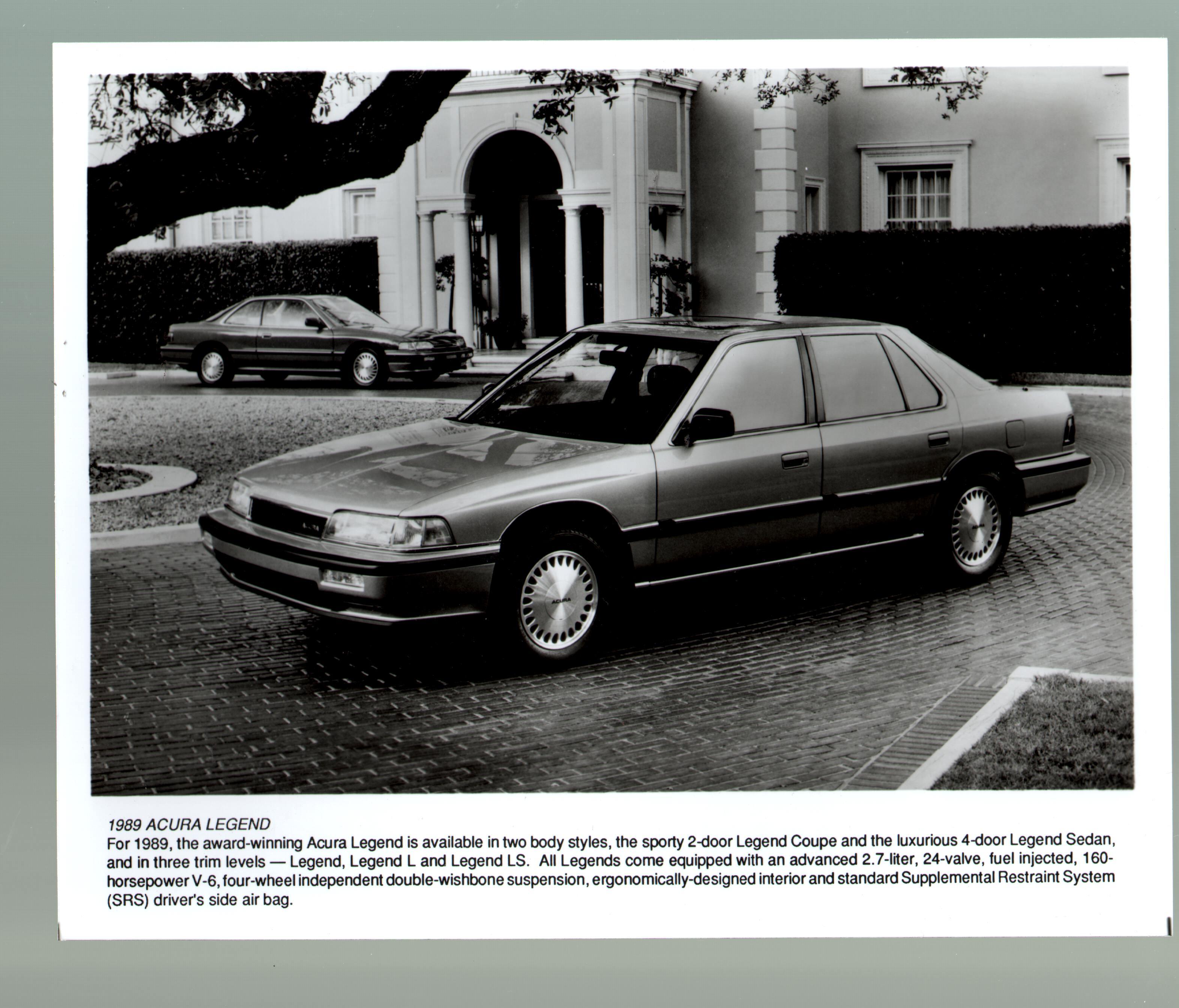 1989 Acura Legend-8x10-B&W-Promotional Still:
