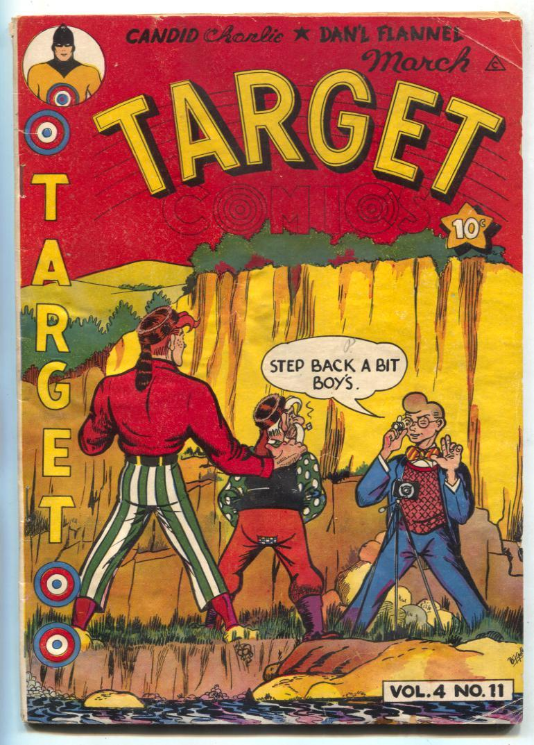 Target Comics v.4 #11 1944- TARGET and TARGETEERS- G   [Satisfaisant]   TARGET and THE TARGETEERS. One page torn, loose but complete. Condition: G