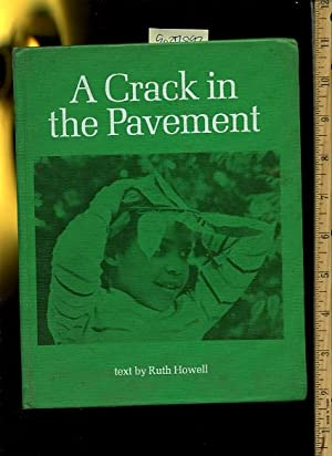A Crack in the Pavement [Pictorial Children's Reader, Learning to Read, Skill Building, ...