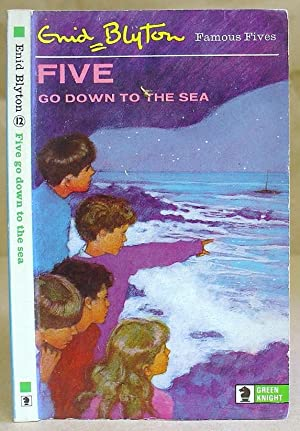 Five Go Down To The Sea - Famous Five Book 12
