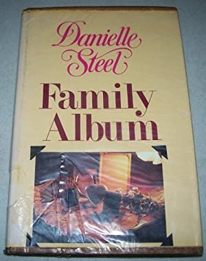 Family Album (Large Print Edition): Steel, Danielle