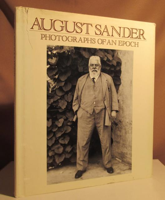 Photographs of an epoch 1904-1959. Man of: Sander, August.
