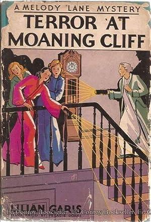Terror At Moaning Cliff: Garis, Lilian