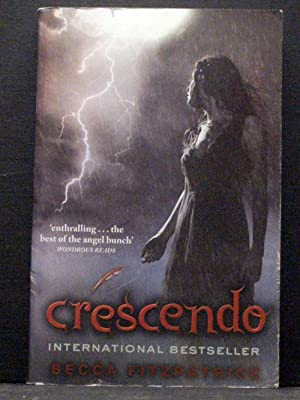 Crescendo second book in the Hush, Hush series