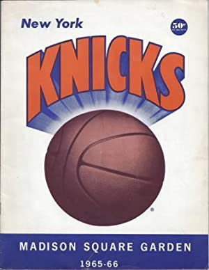 NEW YORK KNICKS, MADISON SQUARE GARDEN SOUVENIR BOOK, 1965-66.